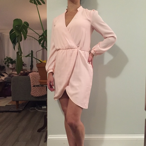 Tobi Other - TOBI Pink Long Sleeved Short Dress